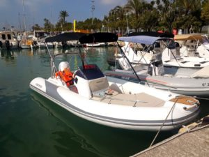 rent a boat without license mallorca